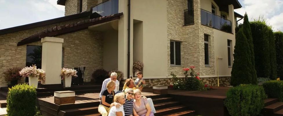 Что лучше – построить дом или купить